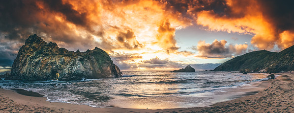 Pfeiffer Beach Panorama (Big Sur CA)