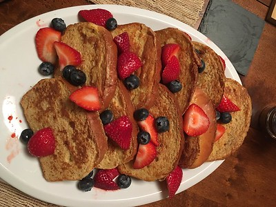 French Toast for breakfast--typical hunting meal!!!