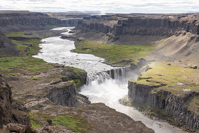 Hafragilsfoss - see the Mist from Dettifoss top center?