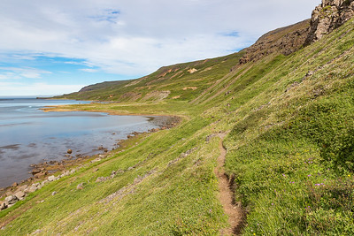 Stapavik Coastal Hike