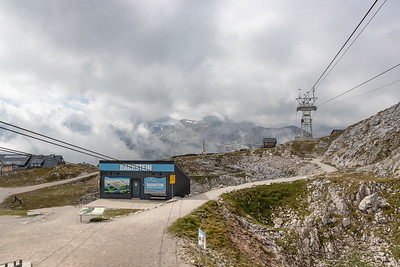 Krippenstein - Top of 2nd Cable Car