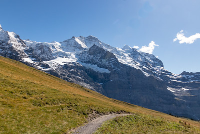 On the Trail from Kleine Scheidegg to Wengernalp