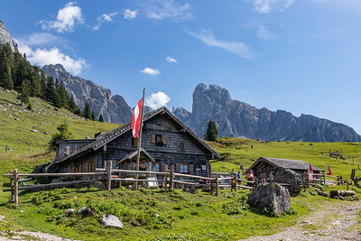 Stuhlalm Mountain Hut, Bischofsmutze Peak in Background