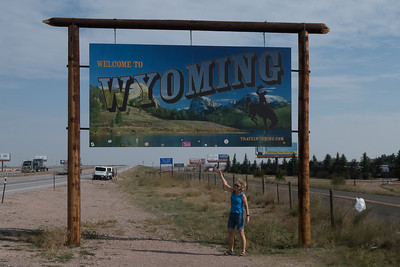 Wyoming Border!  Tom's first time, Stef's second