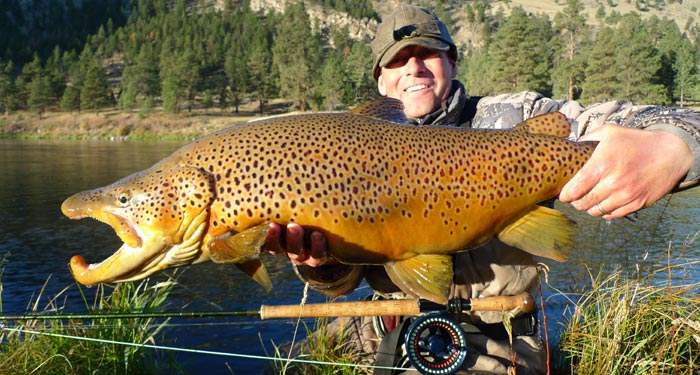Eric Paulson with a monster, on a streamer!