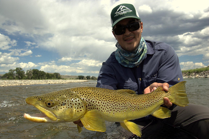 Streamer Guru Andrew Gee with a sweet fish... Photo: Charles Chraumer