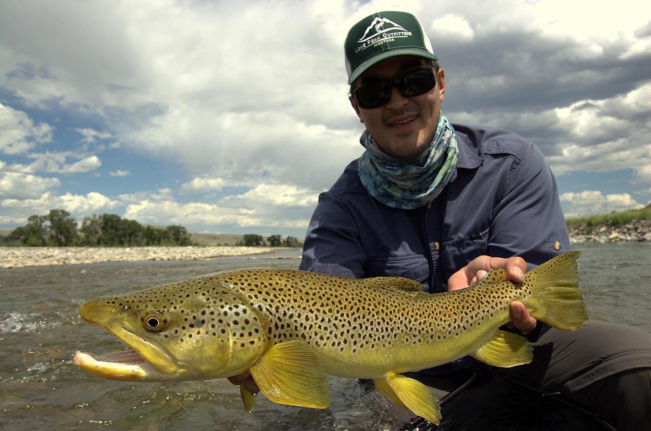 Streamer Guru Andrew Gee with a sweet fish... Photo: Charles Chraumer