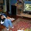 Zaten ya kendi baskosemde ya da bu minderde takiliyorum TV seyrederken. 24/10/2008.