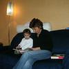 Dilek teyzemle kitap okuyoruz. 06/12/2008.
