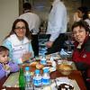 Bu sabah FerahNaz teyzemler ve Dilek teyzemlerle kahvaltiya gittik. 22/02/2009.