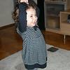 Gunes teyzemin getirdigi elbise ile bale yapiyorum. 10/03/2009