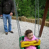 Kahvaltidan sonra bahcedeki oyun parkina gittik.