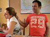 Yasar amca ve Arzu teyze kahvalti sonrasi sofra keyfi yaparken. Onlar daha farkinda degil ama cocuk olayini sevdiler bayaa, surpriz yaparlarsa sasirmam yani. 20/01/2008.