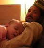 Babamin kucaginda agiz acik uyumus kalmisim. 08/02/2008.
