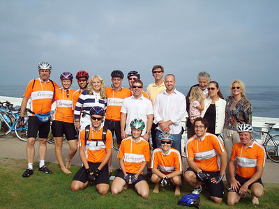 2008 06-16 - FCH Bike Adventure riders pose with newly formed group from FCH San Diego. ri