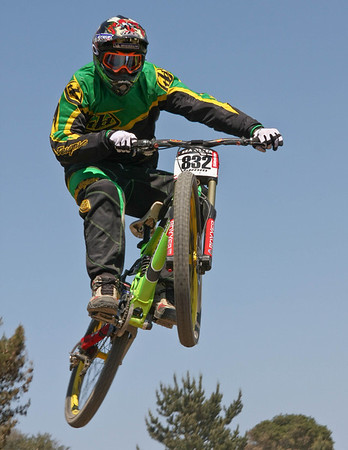 Edited and Full Sized Photos from Sunday's DH Race
