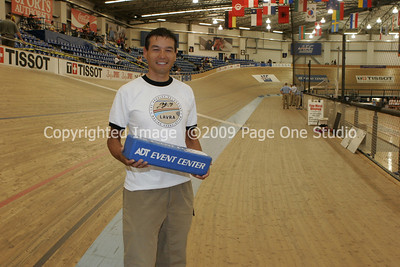 09SCNCATrackChamps_9542
