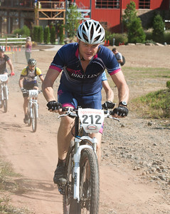 JOE BURNS  -  BIKE LINE  -  212  -  Bear Creek  -  Expert Master I