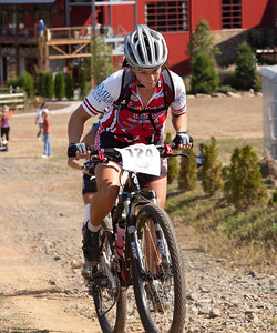 SALLY MCCLAIN  -    -  124  -  Bear Creek  -  #2 in Elite Women II