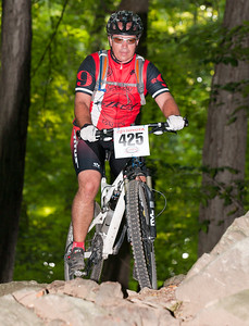 Bob Kuntz  -  Saucon Valley Bikes/Magic Hat Racing   425  -    finished #5 in Cat 3 Master I