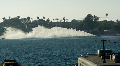 Thunderboat roostertail Soledad-MissionBay 070915 crbdP1420898