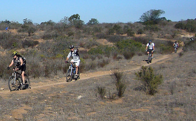 Six STR riders in Pumpkin Patch STR ride Penasquitos E  071124 crbdShrP1160625
