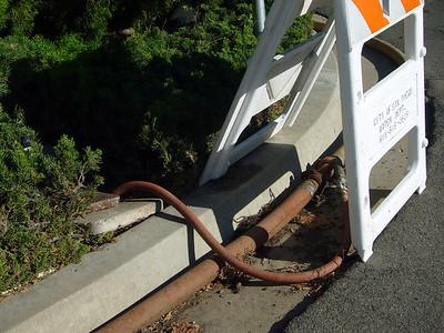 Cmto Aviola guttrt water pipe Soledad 071006 P1160270