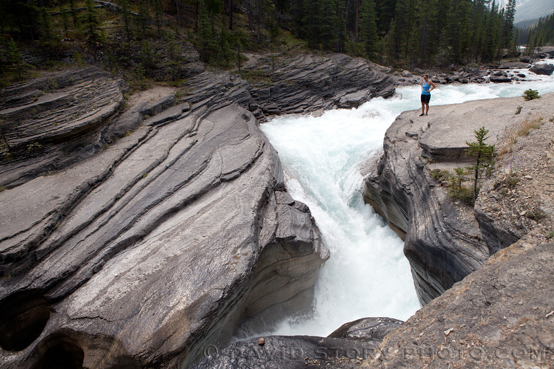 2010 08 05: Mistaya Canyon, Icefields Parkway, AB.