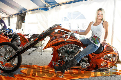 Bike Builders Expo QS&LSunday 1-30-2011  - Quaker Steak & Lube, Clearwater, Florida