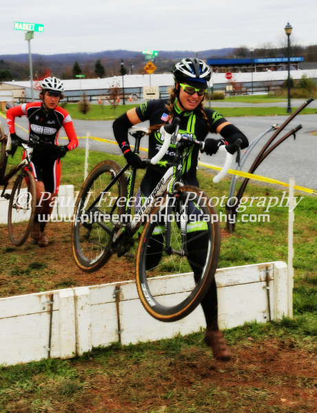 Heather was flying over the barriers...  and everywhere else I looked!!  She was on rails on the corners, carrying speed..