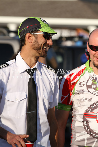 IMG_9936  Captain Jay Drasher jokes with Sean prior to single speed race..