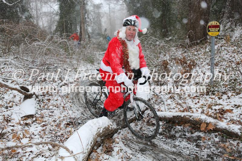 201A2386 Santa Claus