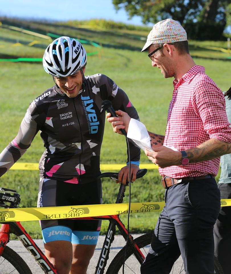 201A3321_Dan Langlois, did a superb job emceeing the event.. here he interviews a race winner