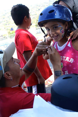 Bici Familia (Health Fair @SBJH: Sept 14, 2013)