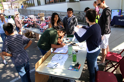 Registrations (photo by John Rousseau)