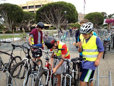 How to lock a bike on a bike rack