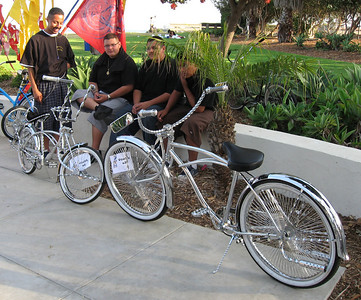 Group of Don Riders (Bike Month 2008)