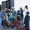 Everybody wants to pedal the bike blender (even if the Xtracycle is a little too big...)