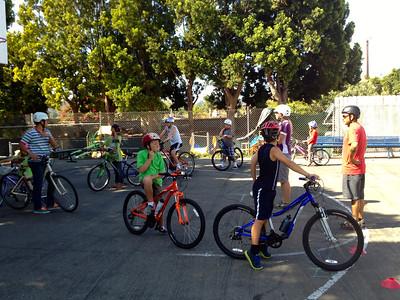 Bike clinic @ Unitarian Society of Santa Barbara: Aug 2013