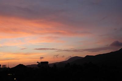 傍晚從房間陽台看到的晚霞