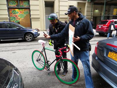 Hamzat Sani on his fixie http://blog.bikeleague.org/blog/2013/02/league-welcomes-new-equity-advisory-council/