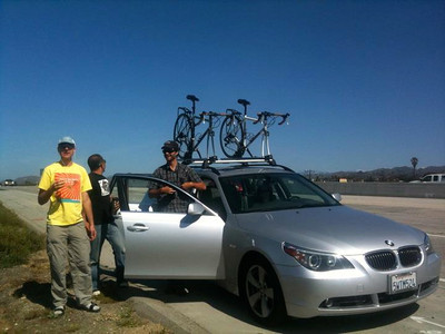 Stop on the freeway: bike rack failure on our friend's car