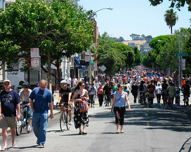 A beautiful sunny day greeted tens of thousands of people who walked, biked and danced to celebrate Sunday Streets in the Mission.