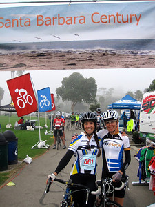Jen & Stacia at the start of the ride