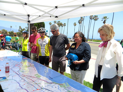 A huge map with community feedback on how to improve bicycling infrastructure (with Lois Capps & Cathy Murillo)