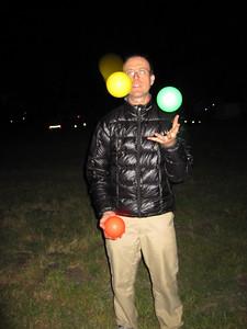 Dave juggling