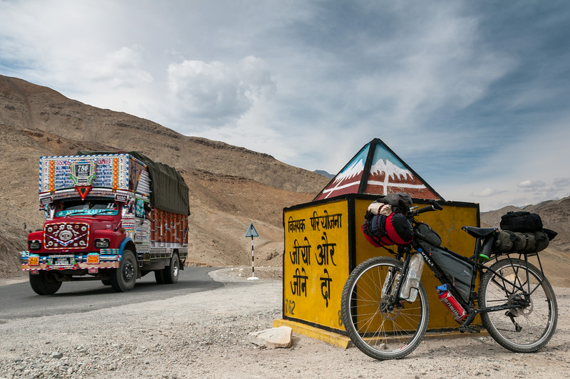 En-route from Leh to Nimmu