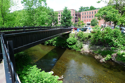 Brattleboro footbridge