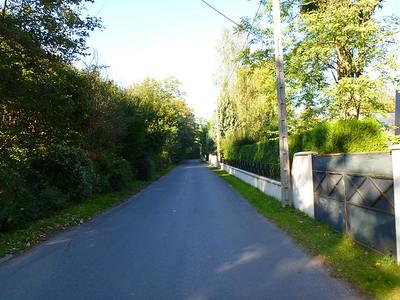 Pomponne road