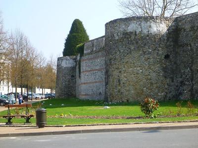 Meaux's walls